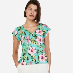 Express floral gramercy top.